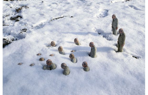 Street Culptures by Isaac Cordal from the U.K